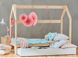 Pinio House Bed